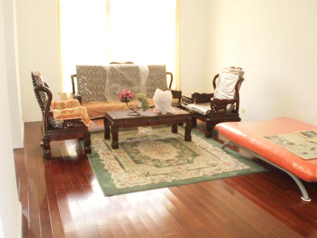 松江 九亭 租新上海花园洋房 精装可办公 中心位置随时看房高清图片